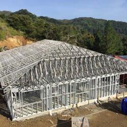 Ossature bois, structure métallique et panneaux SIP